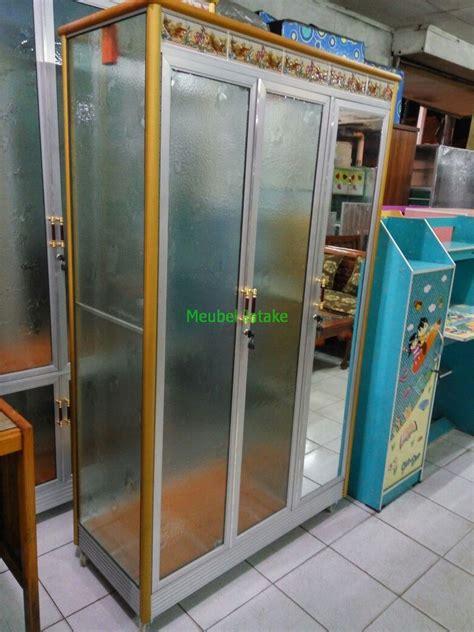 jual lemari pakaian 3 pintu kaca transparan cermin