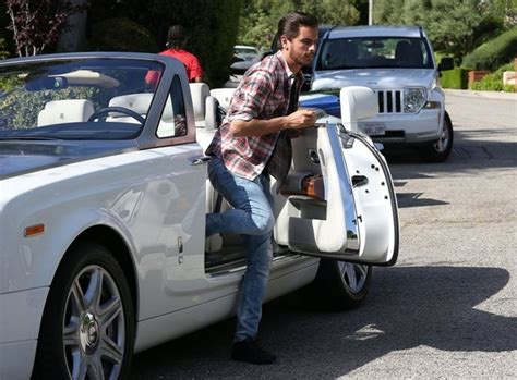 scott disick house scott disick photos photos scott disick visits kim s house zimbio