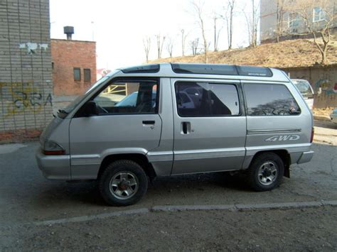 Town Toyota 1990 Toyota Town Ace Pictures