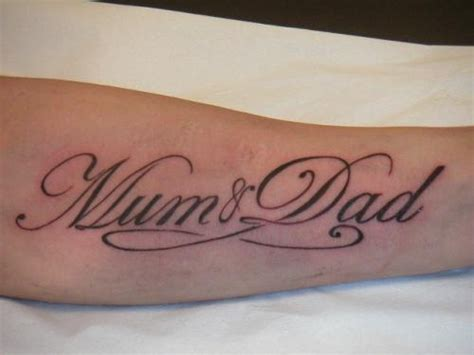 mom tattoo font tatouages mum and dad calligraphie lettres manuscrit