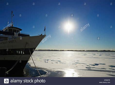 harbourfront boat tours toronto harbourfront snow stock photos toronto