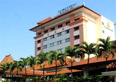 agoda hotel solo hotel di solo the sunan solo raih award dari agoda