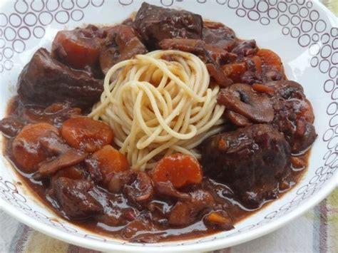 cuisiner un bourguignon le bon bourguignon recette de boeuf bourguignon