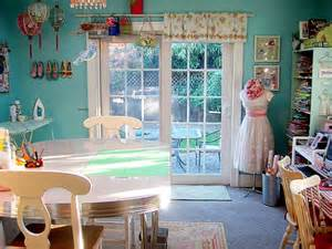 Sewing room concept that comfy and organized decorating design ideas