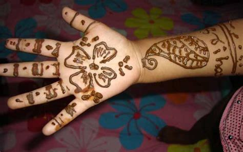 Kids Designs by 10 Best And Beautiful Mehndi Designs For Kids Easyday