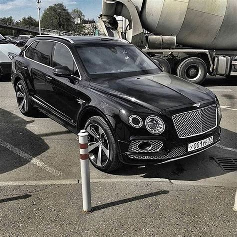 bentley truck best 25 bentley suv ideas on suv vehicles