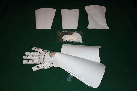 Origami Gauntlet - automail gauntlet prototype 1 in paper