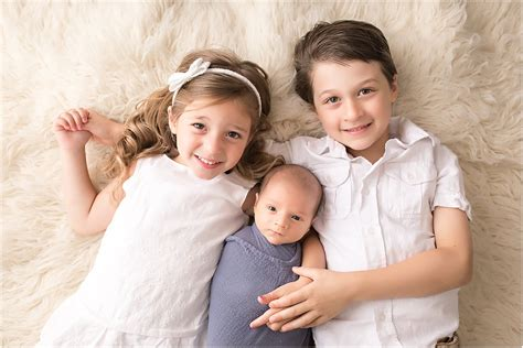 newborn photography with siblings www pixshark