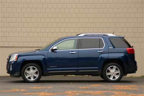 2010 Gmc Reviews by Review 2010 Gmc Terrain Photo Gallery Autoblog