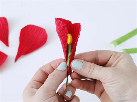 how to make flower how to make flowers using crepe paper hgtv