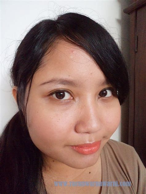 Eyeliner Spidol Wardah racun warna warni review magic emc