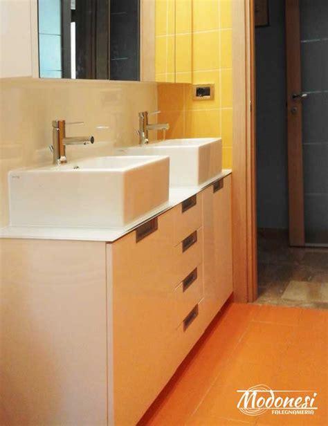 mobile su misura mobile bagno su misura in legno con 2 lavabi a