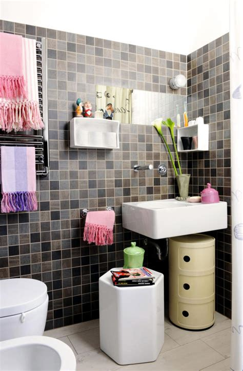 tile brown and pink towels interior design ideas ofdesign