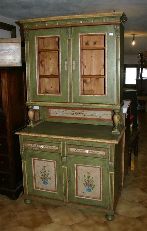 vecchie credenze vecchie credenze da restaurare beautiful mobile cucina