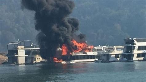 houseboat fire four children in hospital after houseboat fire at lake eildon
