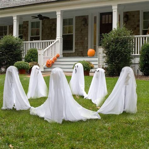 ideas outdoor halloween decoration ideas to make your 90 cool outdoor halloween decorating ideas digsdigs