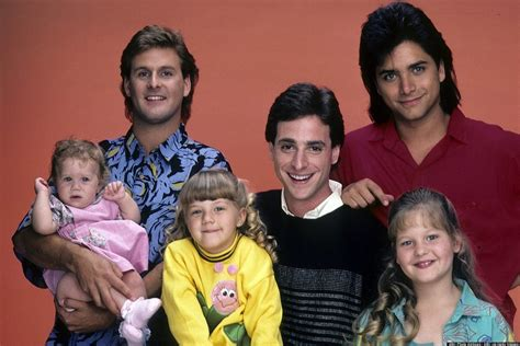 full house mom full house 16 of the all time greatest tv parents popsugar moms