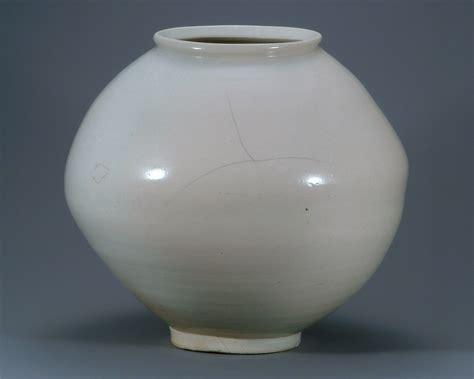 Online Vase File 백자 달항아리 310호 Jpg Wikimedia Commons