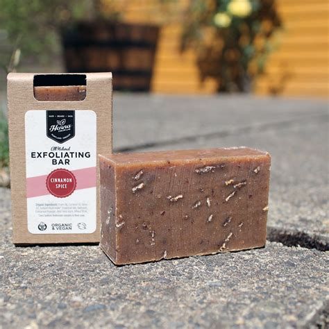 Yasira Spicy Bar Soap cinnamon spice exfoliating soap bar henna color lab 174 henna hair dye
