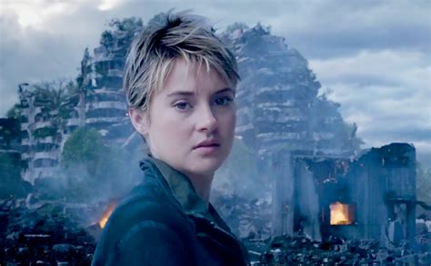review film insurgent adalah film review insurgent