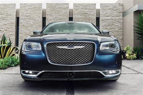 2020 Chrysler 300 Srt 8 by 2020 Chrysler 300 Srt8 Interior Features 2020 Suv Update