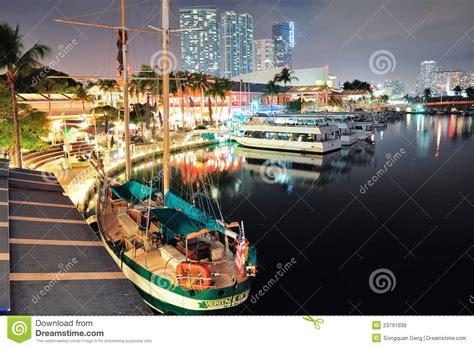 imagenes de bayside miami bayside marketplace miami editorial stock photo image of