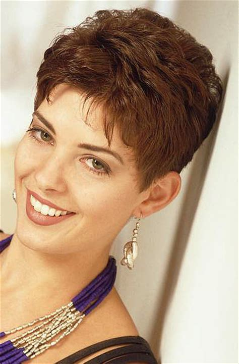 pictures of neckline haircuts for women neckline haircuts for women neckline haircuts for women