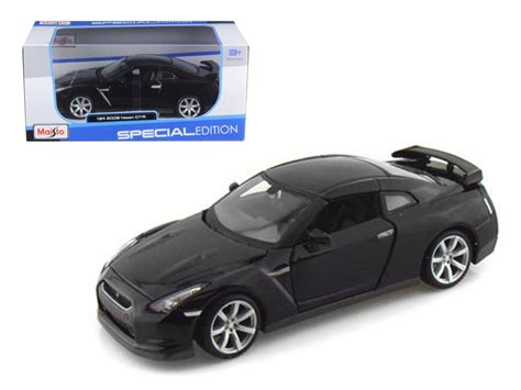 Diecast Mobil Burago Nissan Gt R White 1 18 diecast model cars wholesale toys dropshipper drop