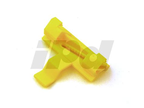 volvo windshield side trim clip p   xc