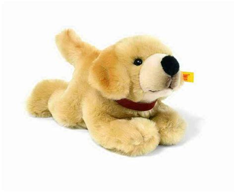 steiff golden retriever steiff 079047 golden retriever puppy