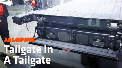 2019 Gmc New Tailgate by How The 2019 Gmc S Multipro Tailgate Works