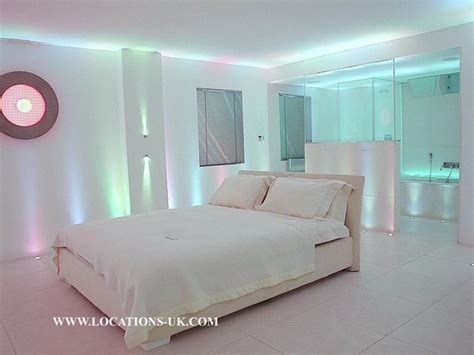 Led Bedroom by Led Neon Use In The Home Leds