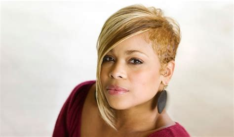 getting the t boz haircut totally t boz set to debut on new year s day video
