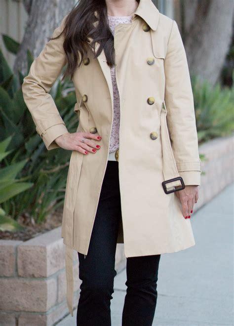 trench coat wardrobe essential revew friendly fit