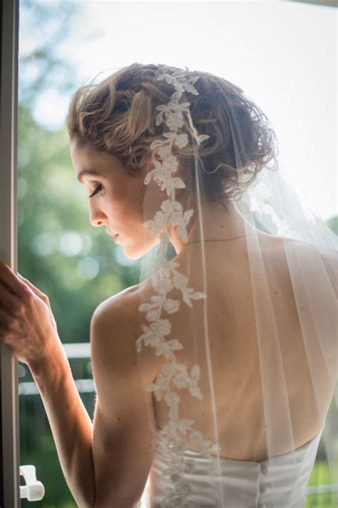 Wedding Hairstyles Updo With Veil by 20 Breezy Wedding Hairstyles