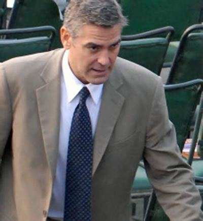 George Clooney Mourns His Dead Pig by Clooney Wants To Connect With Dead Pig