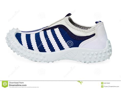 rubber sole sports shoes sports shoe made of cloth with rubber sole