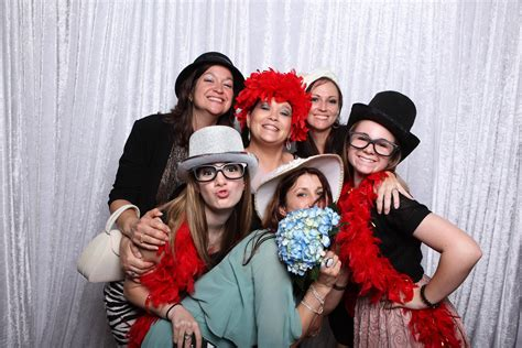 Perlengkapan Photobooth Fotobooth team photo booth photo booth rental island new york city
