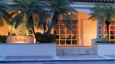 Kellogg Executive Mba Miami by Kellogg S Miami Cus Continues To Expand Kellogg