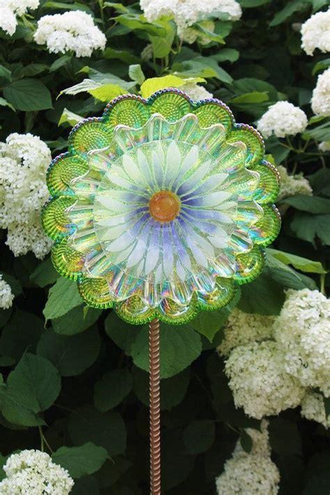 17 Best Images About Glass Art And Yard Art On Pinterest Glass Garden Flowers