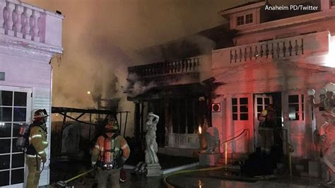 white house restaurant famed anaheim white house restaurant erupts in flames