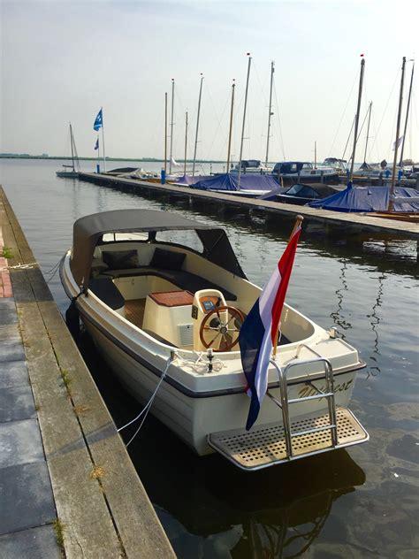 boten uitgeest sixty6 sloep uitgeest botentehuur nl