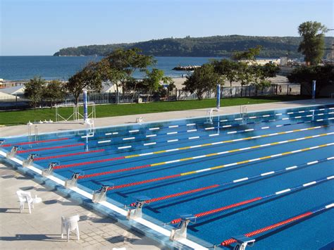 swimming pool pictures file olympian swimming pool varna jpg