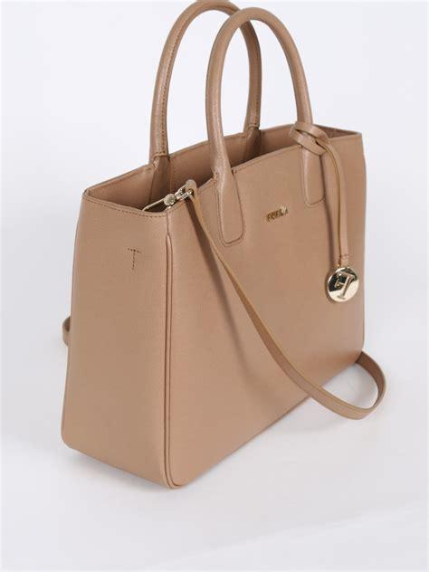 Tas Furla Camilla Large Cappucino Original furla camilla cappuccino saffiano leather luxury bags