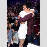 Selena Gomez And Taylor Lautner Kissing   544 x 781 jpeg 251kB