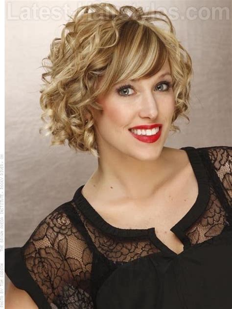 a lined curly bob haircuts curly a line bob cute outfits pinterest