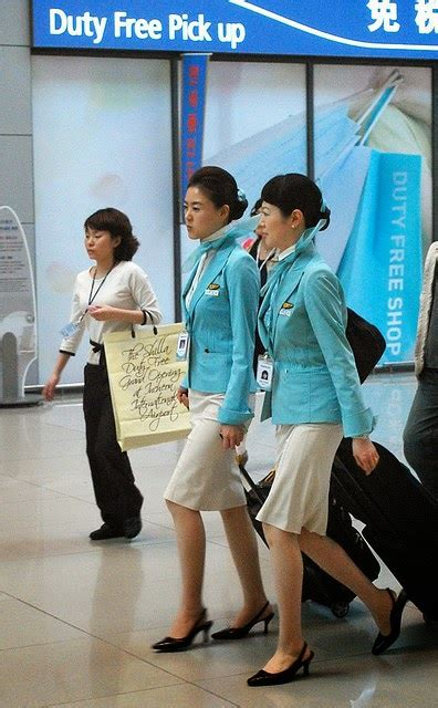 Korean Air Cabin Crew by Beautiful Korean Air Flight Attendants World Stewardess Crews