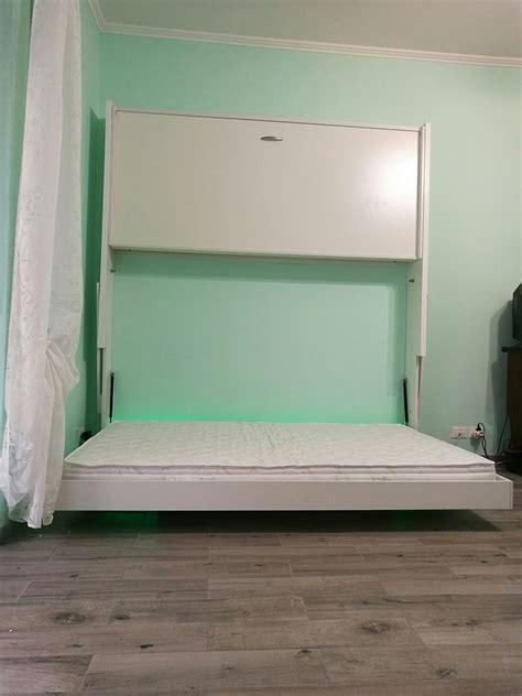 parete con letto a scomparsa letto matrimoniale a scomparsa a consolle tripla