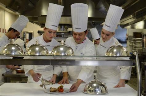 ecole sup駻ieure de cuisine design culinaire le pari d 201 ric trochon 224 l 201 cole ferrandi