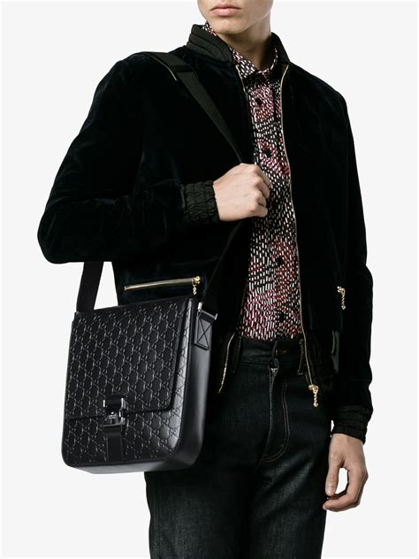 D Cheryl Iconic Smart Side Pouch Messenger Bag Iss Im lyst gucci signature messenger bag in black for